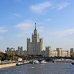 Skyscraper on Kotelnicheskaya embankment